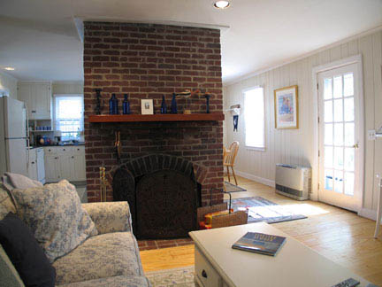 80 Washington St. #2 | Photo