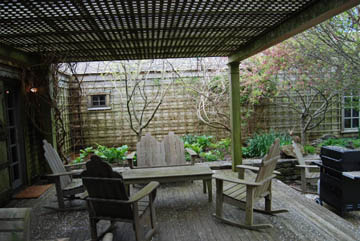 101 Low Beach Road | Photo