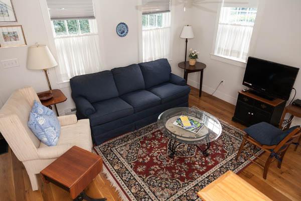 82 Pleasant St. (Cottage)   Photo