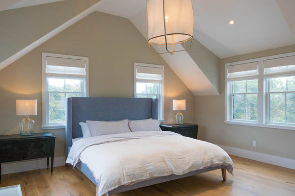 24 Field Ave | Photo