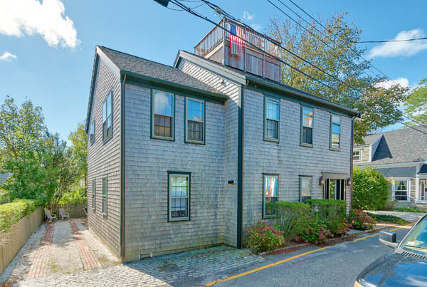 6 Beaver Street - Front House | Photo
